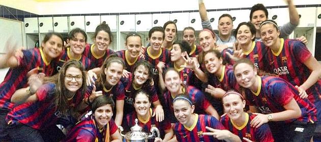 Las jugadoras del Barcelona celebran el título de Copa en el vestuario / Facebook