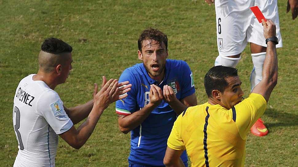 La roja a Marchisio que indignó a Italia