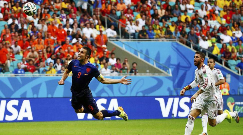 El vuelo de Van Persie contra España, el mejor de la primera fase ...
