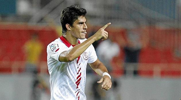 Perotti celebra un gol marcado en el Sánchez Pizjuán. RAMÓN NAVARRO
