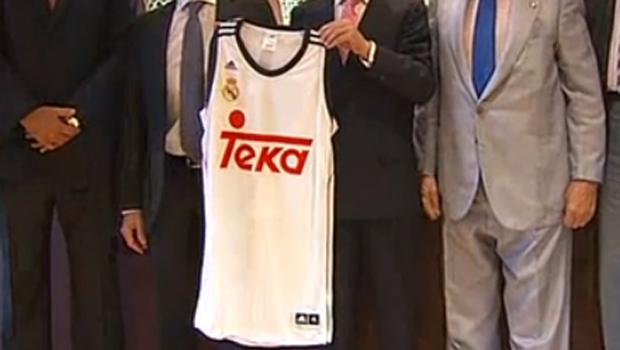 El nuevo Real Madrid de baloncesto se tinta de rojo con el nuevo ... 5d6c344b22530