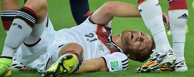 Alemania pierde a Mustafi para el resto del Mundial