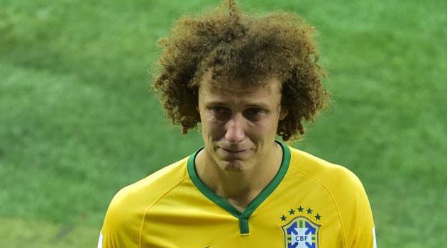 """David Luiz, llorando: """"Pido disculpas al pueblo brasileño"""""""
