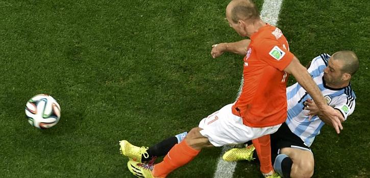 Robben desperdició la ocasión más clara