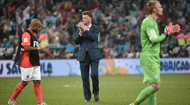 """Van Gaal: """"Hubiera sacado a Krul, pero me quedé sin cambios"""""""