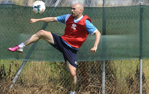 Infante entrenando con el Mirandés.