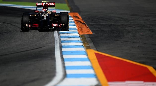 Maldonado seguirá en Lotus