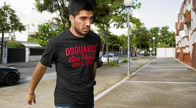 FIFA makes no concessions to Luis Su�rez