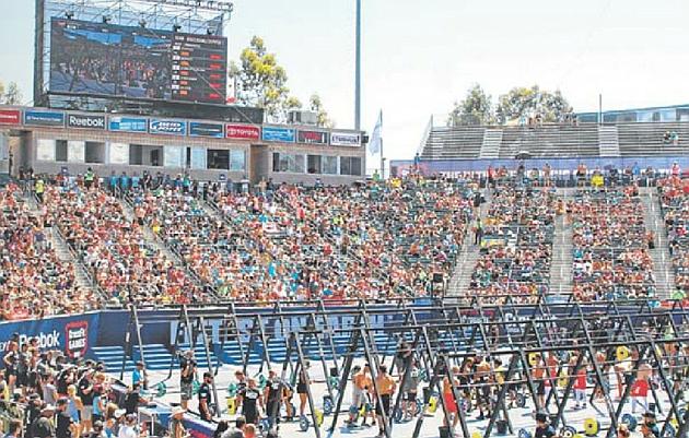 Multitudinaria la sesión de crossFit, en una de las pruebas de selección del Mundial, cuya fase final se disputa en Los Ángeles este fin de semana.