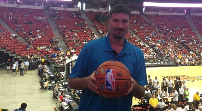 El Naismith del Siglo XXI crea el Kung Fu Basket