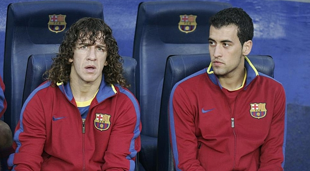 Busquets inherits Puyol's number 5 shirt