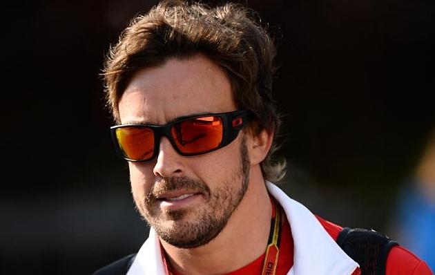 Alonso llegando al circuito de Spa-Francorchamps / RV. RACINGPRESS