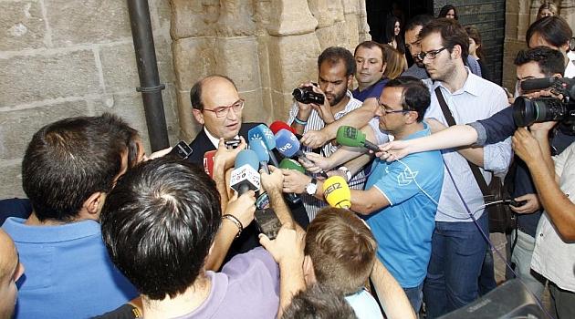 Castro: Fazio is still a Sevilla player