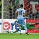 Diego L�pez se luce parando un penalti en el descuento