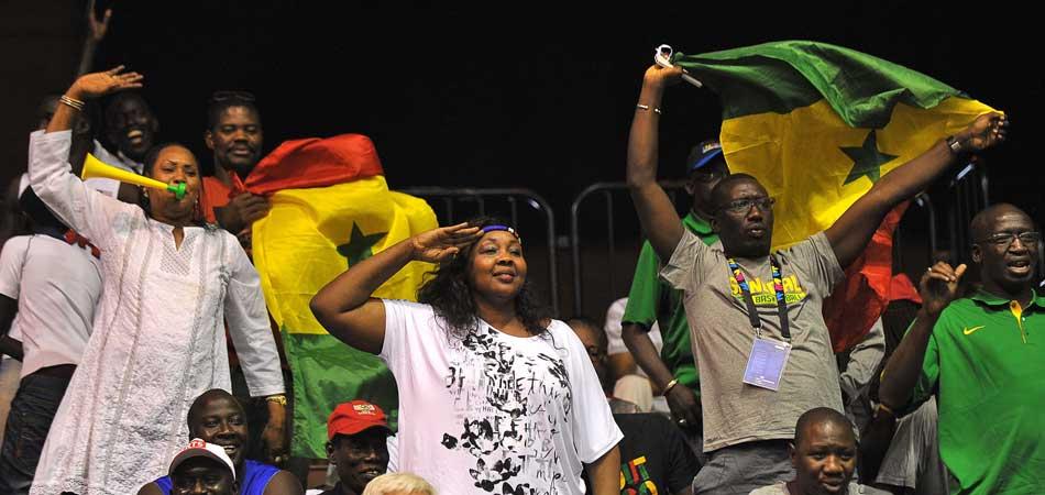 Dieng destroza a Croacia y Senegal da la sorpresa