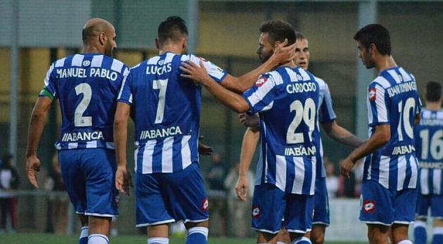 El Deportivo afina la forma en el debut de Sidnei y Juanfran