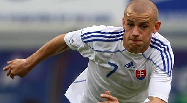 Eslovaquia gana por la mínima a Malta pero deja buenas sensaciones