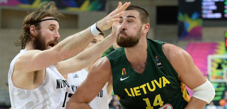 Valanciunas rescata a Lituania ante unos Kiwis peleones