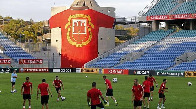 La selección de Gibraltar se entrena en Faro / Foto: AFP