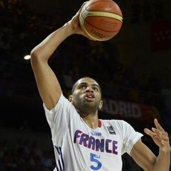 Batum da a Francia su primera medalla mundialista
