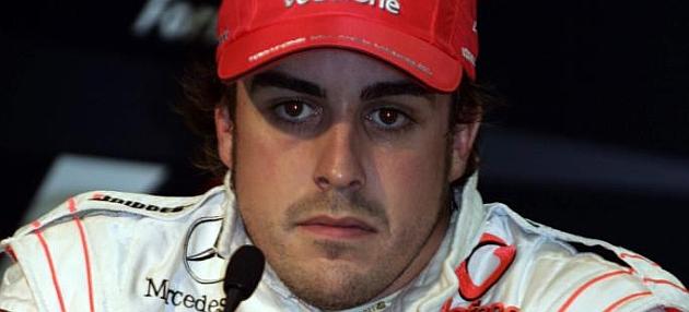 McLaren reconoce a Alonso como uno de sus expilotos