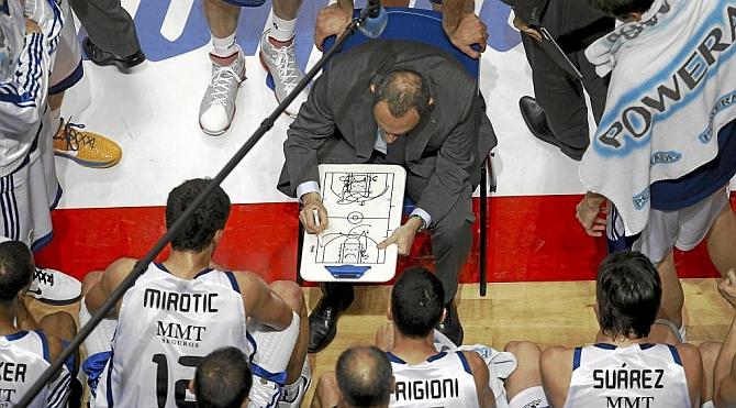 Messina descubre en los Spurs el baloncesto que no encontró en Madrid