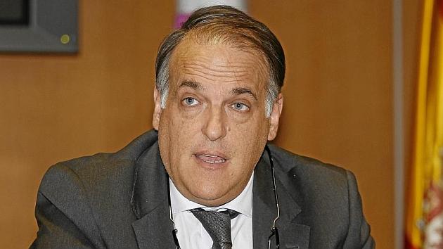 Javier Tebas (52) durante la rueda de prensa tras la Asamble General Extraordinaria de la LFP. foto: Angel Rivero