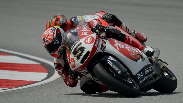 Zarco domina en los libres de Moto2