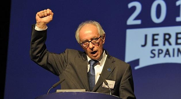 Vito Ippolito, reelegido presidente de la Federación Internacional de Motociclismo