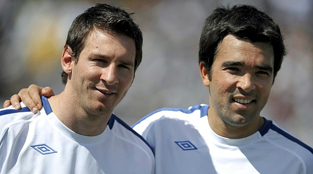 Deco: If Messi is happy, he will stay at Bar�a
