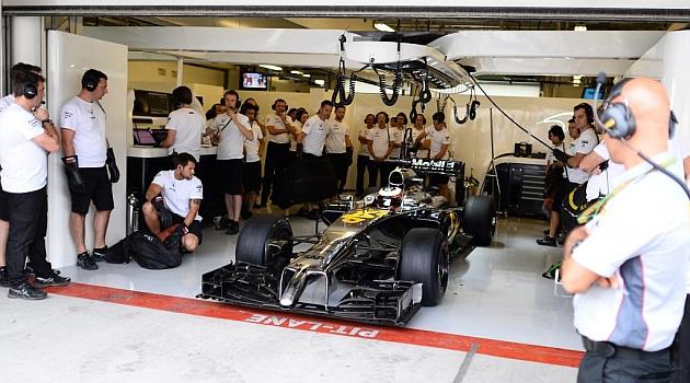 El McLaren-Honda vuelve a atascarse en Abu Dabi