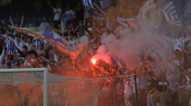 La Federación de Peñas del Deportivo dimite tras ofrecer otra versión sobre las entradas