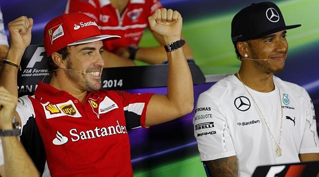 Mercedes lanza el primer aviso serio a Hamilton: O tú o Alonso