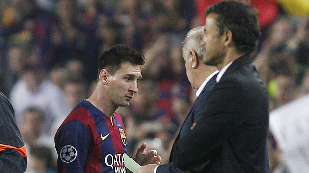 Growing tension between Messi and Luis Enrique