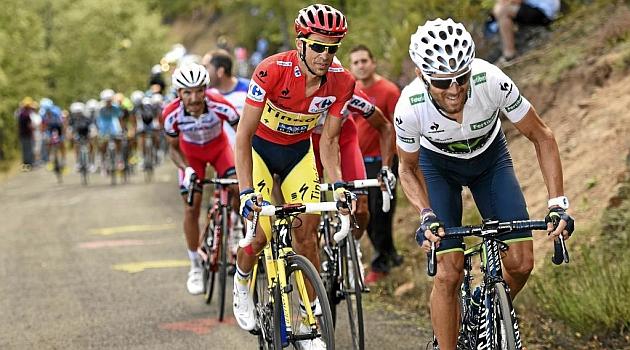 Alejandro Valverde (34), Alberto Contador (32) y Purito Rodríguez (35) durante la pasada Vuelta a España. MARCA