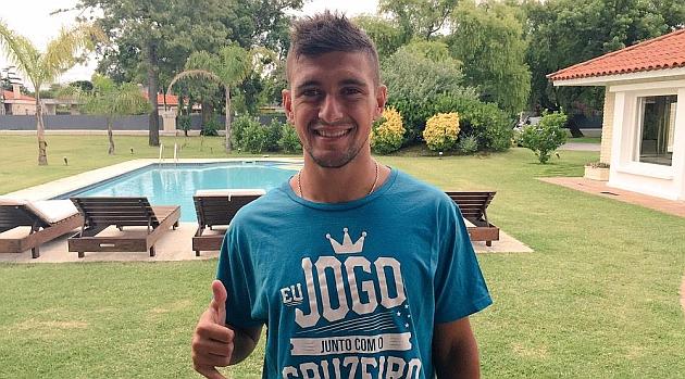 De Arrascaeta, una vez confirmado su fichaje por el Cruzeiro. / Foto: @GiorgiandeA