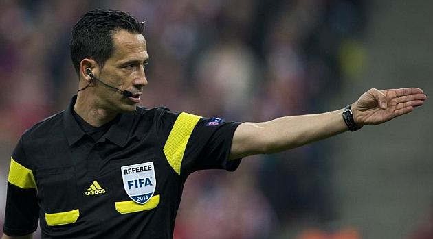 El árbitro portugués Pedro Proença anuncia su retirada