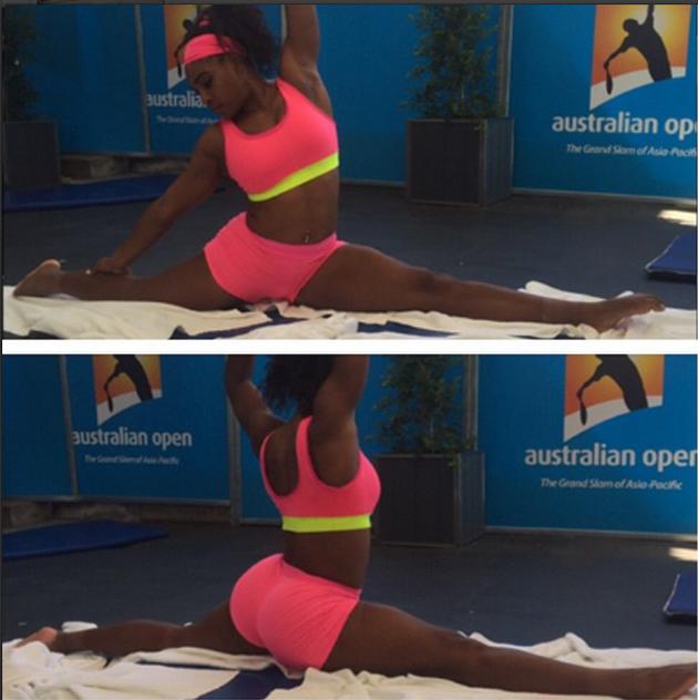 Serena Williams posa haciendo ejercicios de estiramiento en Australia / Instagram