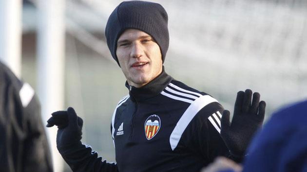 Zuculini se desvincula del Valencia y llega al Córdoba