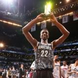 Wiggins, el 'Mesías' de la NBA, obra su primer milagro para ser MVP entre los novatos