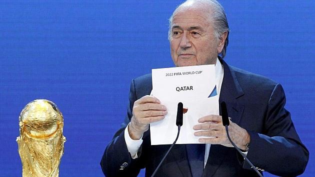 Blatter, cuando anunció la sede de Qatar en 2010. / REUTERS
