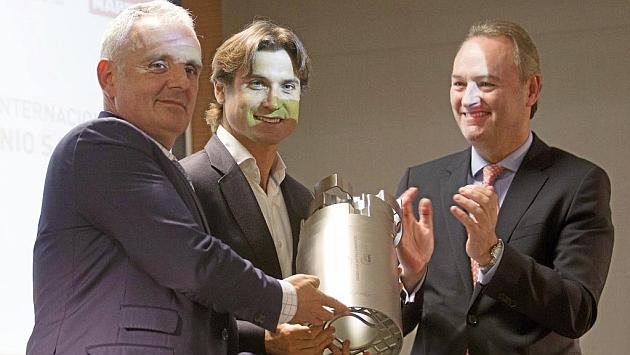 David Ferrer recibe el premio Juan Antonio Samaranch