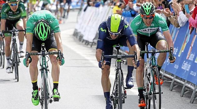Pello Bilbao en el sprint final. FOTO: Rafa Gómez / Ciclismo a fondo