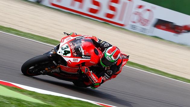 Gran retorno con pole para Giuliano