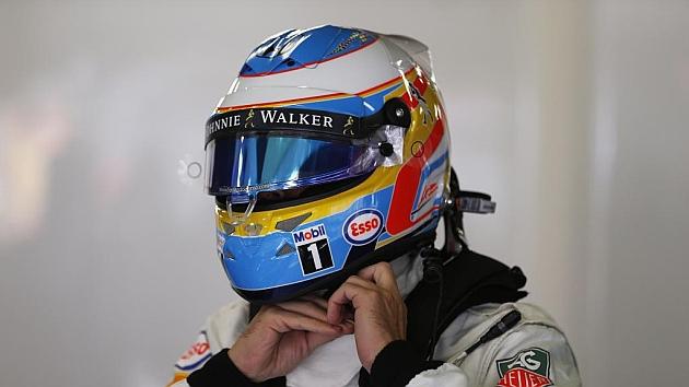 Un plástico del casco causó el problema de frenos de Alonso
