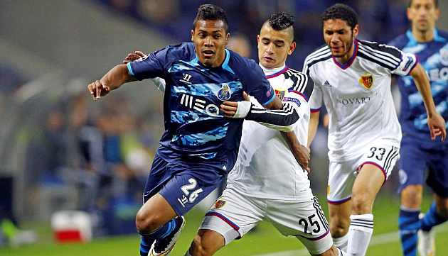 Real rivalling Atlético for Alex Sandro