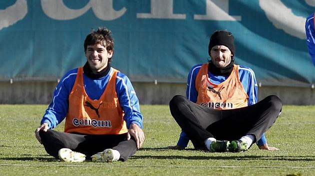 Mattioni y Colotto, en un entrenamiento del Espanyol. / FRANCESC ADELANTADO (MARCA)