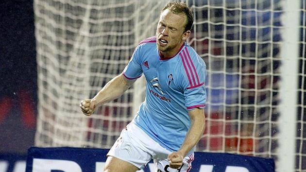 Krohn-Dehli celebra un gol esta temporada con el Celta. JORGE LANDIN