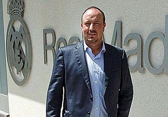 Benítez signs on until 2018