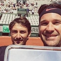 Ferrero y Moyá triunfan entre las leyendas